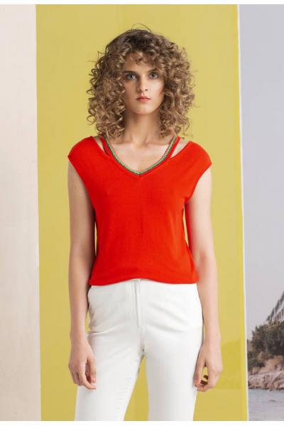 Яркий пуловер без рукавов с V-образным вырезом 191436-047